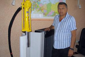 Вибропогружатель (гидромолот) Atlas Copco в офисе компании
